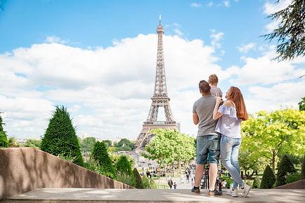 Familia-Torre Eiffel-Jardins do Trocader