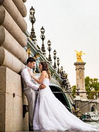 ofotografodeparis-Fotografo-em--Paris-Casal-Ponte-Alexandre-III.jpg