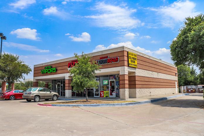 Dallas Retail Strip Center