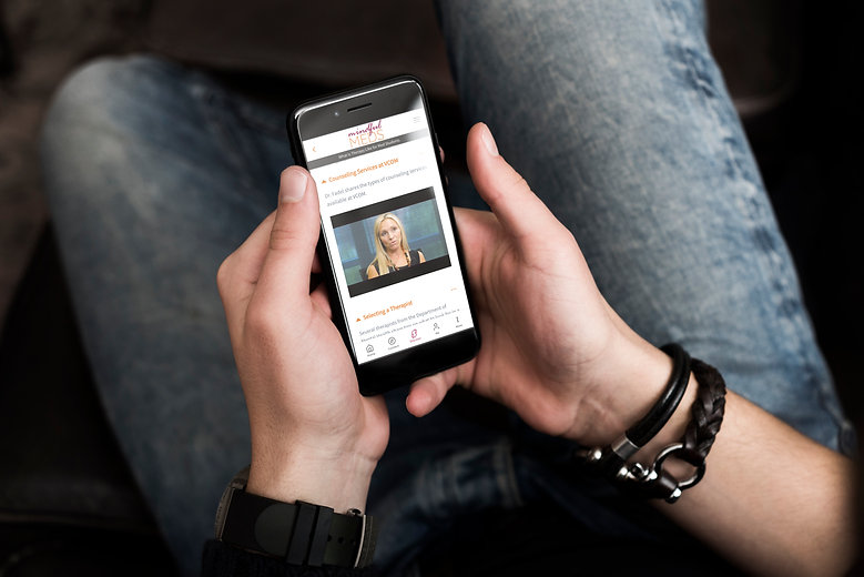 VCOM Hand on App.jpg