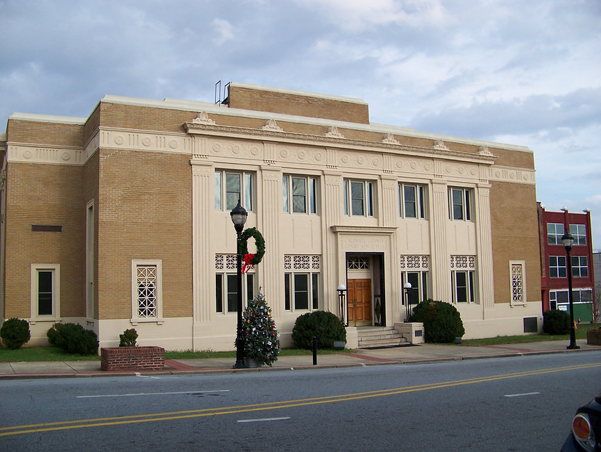 Caldwell_County_Courthouse_-_Lenoir,_NC.