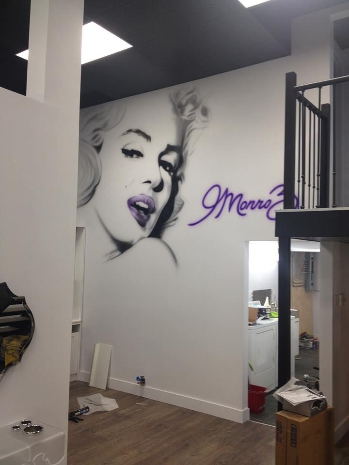 Art murale   Peinture de Marilyn Monroe à Québec au airbrush   Yan Pigeon 2