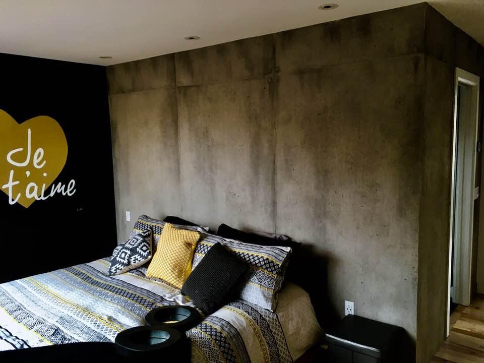 faux mur de béton dans une chambre | Fini murale, Yan Pigeon