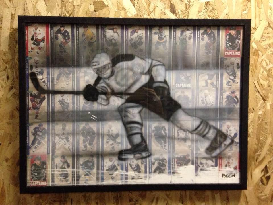Joueur de hockey au airbrush sur toile | Yan Pigeon artiste peintre