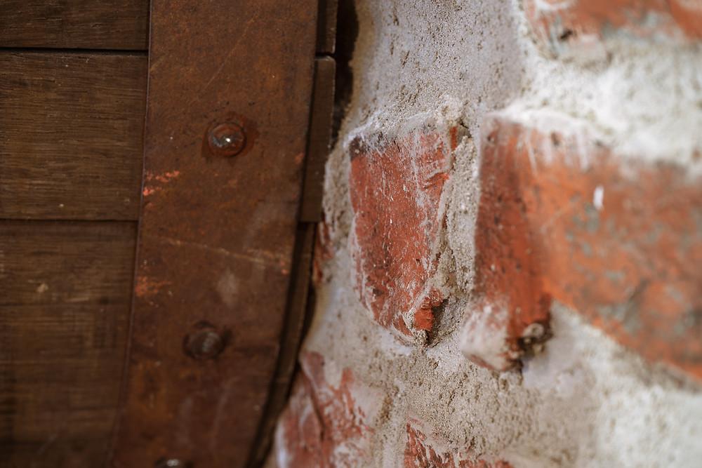 Fausse brique et faux fini de fausse pierre en plâtre et airbrush à Québec - Yan Pigeon artiste et peintre à Québec