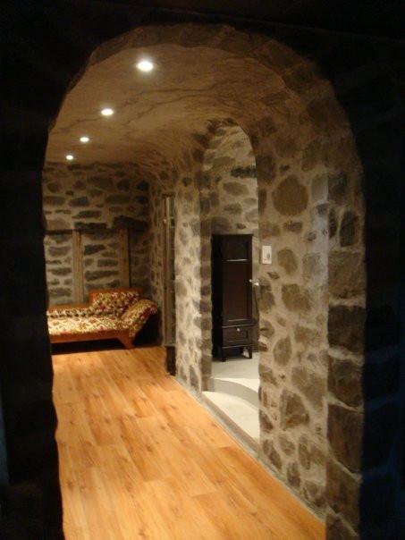 Fini murale en pierre | Décoration intérieure | yan pigeon artiste et peintre à Québec 3