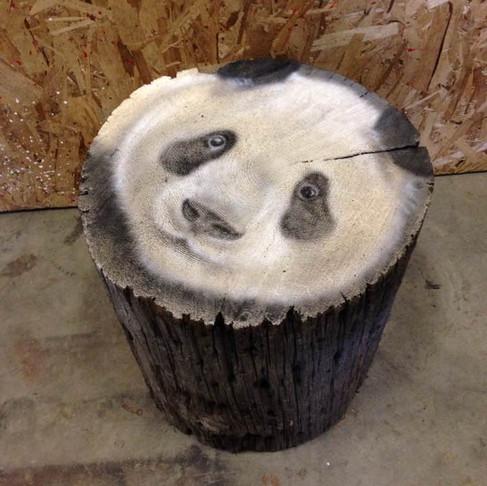 Panda sur buche | Artiste connu peintre | Yan Pigeon