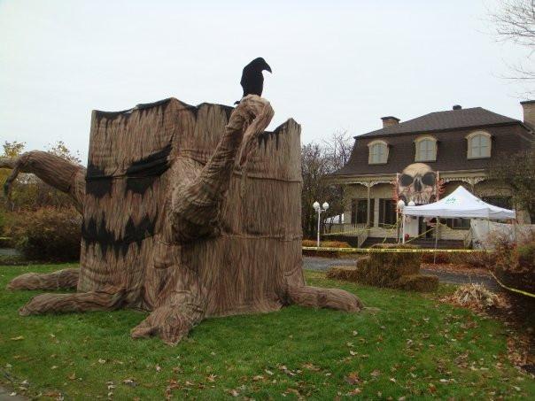 Décoration Halloween Québec | Exposition artiste peintre | Yan Pigeon