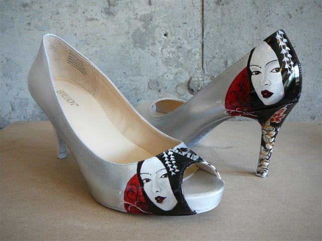 Airbrush sur souliers a talon haut | Yan Pigeon | Site internet artiste peintre