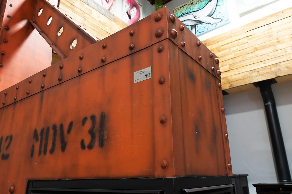 Décor de métal - Faux fini de mur en métal et effet rouille | Peinture au airbrush à Québec 2