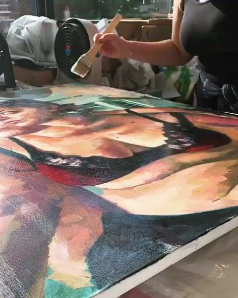 Varnishing 'Red Velvet'