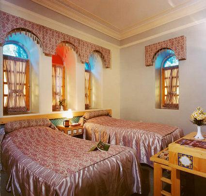 Parsian Safayieh Hotel 2