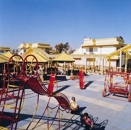 Parsian Tourist Toos Hotel 5