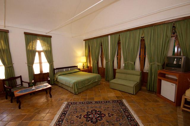 Laleh Hotel 3