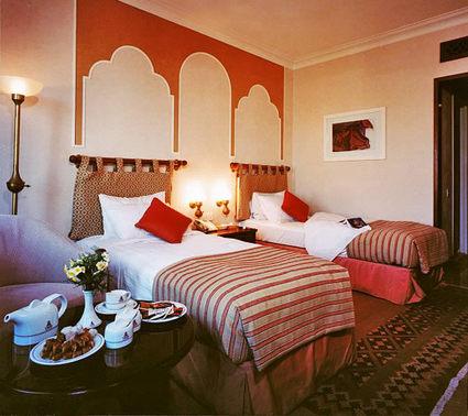 Parsian Safayieh Hotel 3