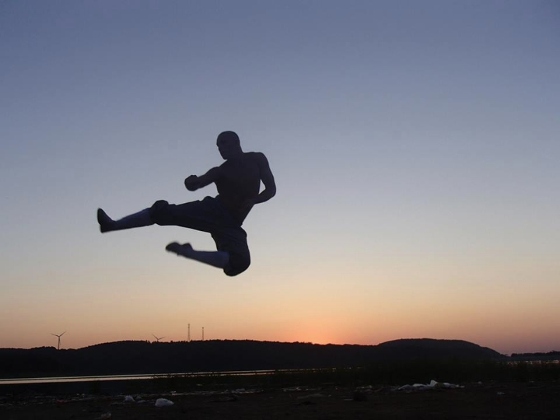 Jumping Side Kick