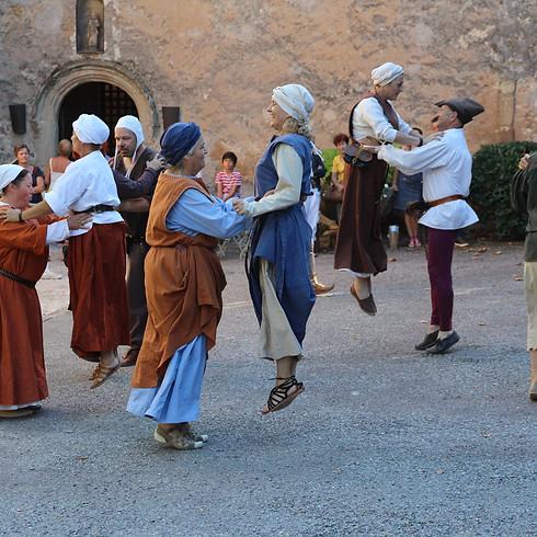 Middeleeuws dansen (kids, tieners & volwassenen)