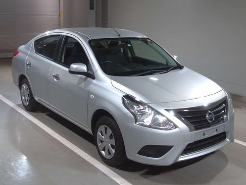 2014 Nissan Latio S Package