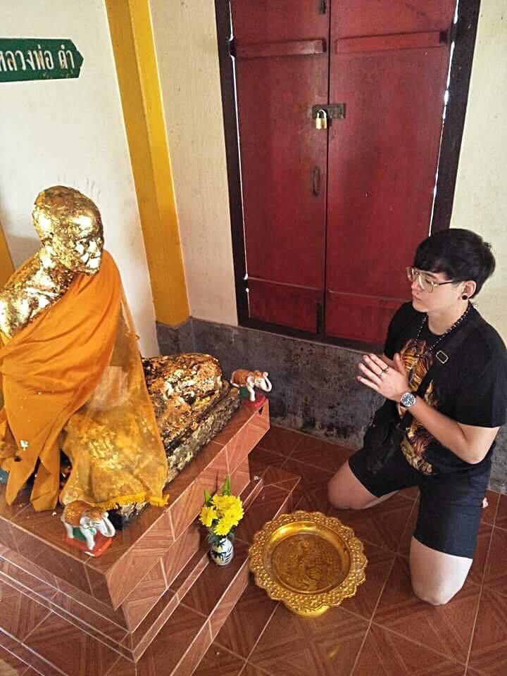 Kru Yai LP Dum Wat Tuyong