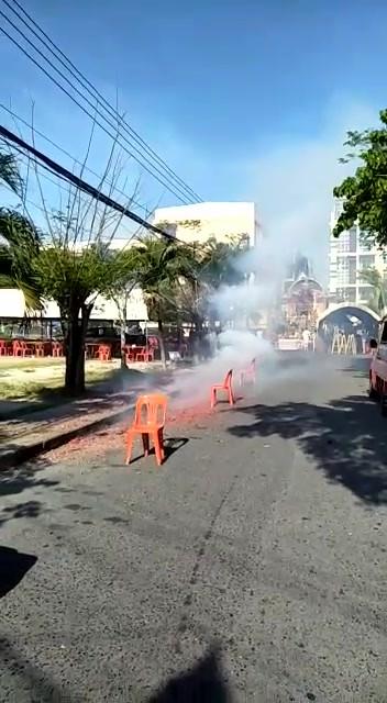 Wat Kohong Putting Fire Cracker