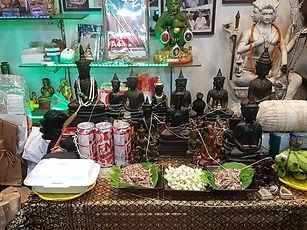 Ajarn Jo Consecrating New Phra Chai & Phra Ngans