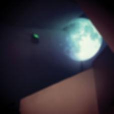 moon_02.jpg