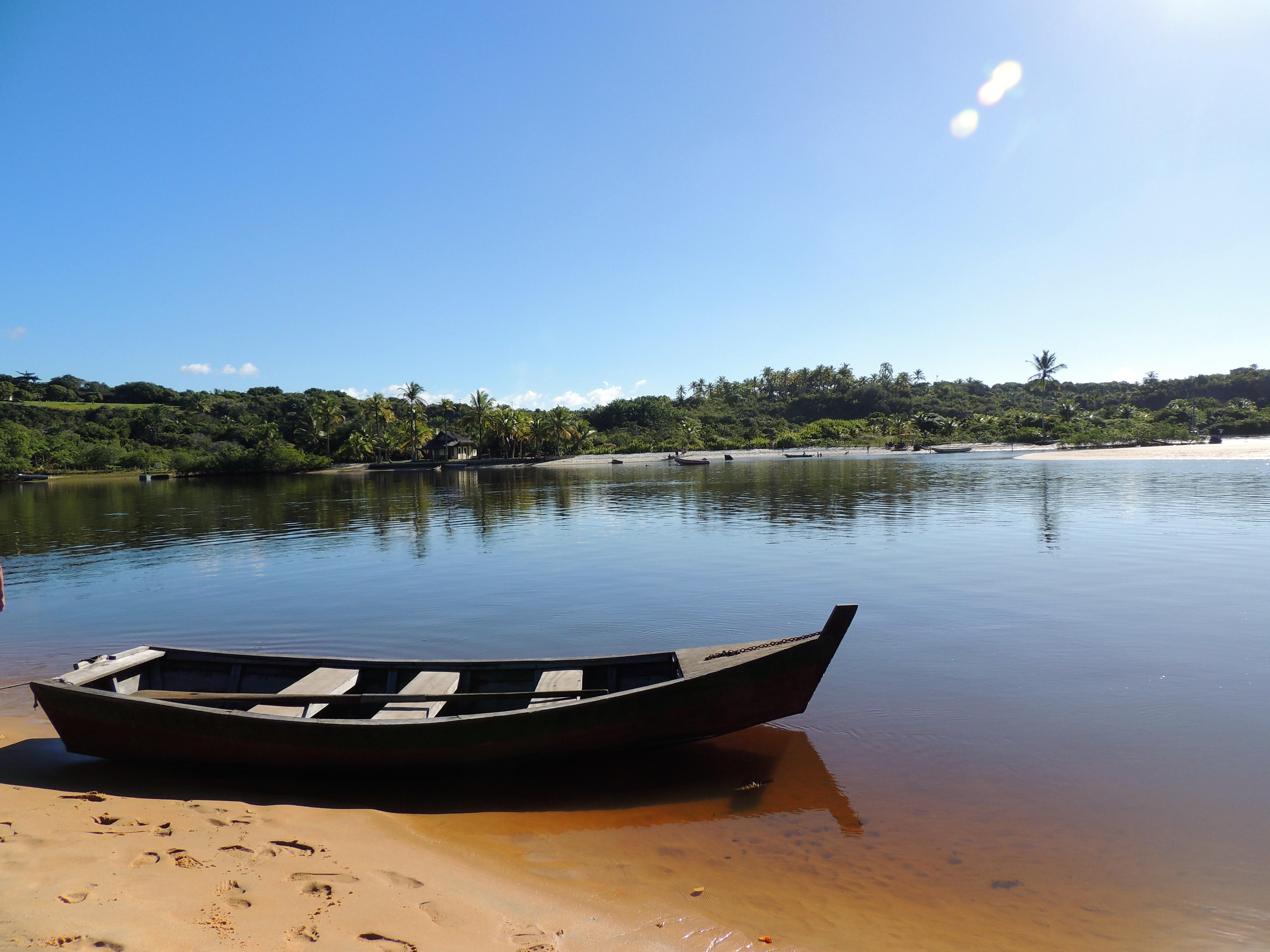 Barco no Rio - Caraíva