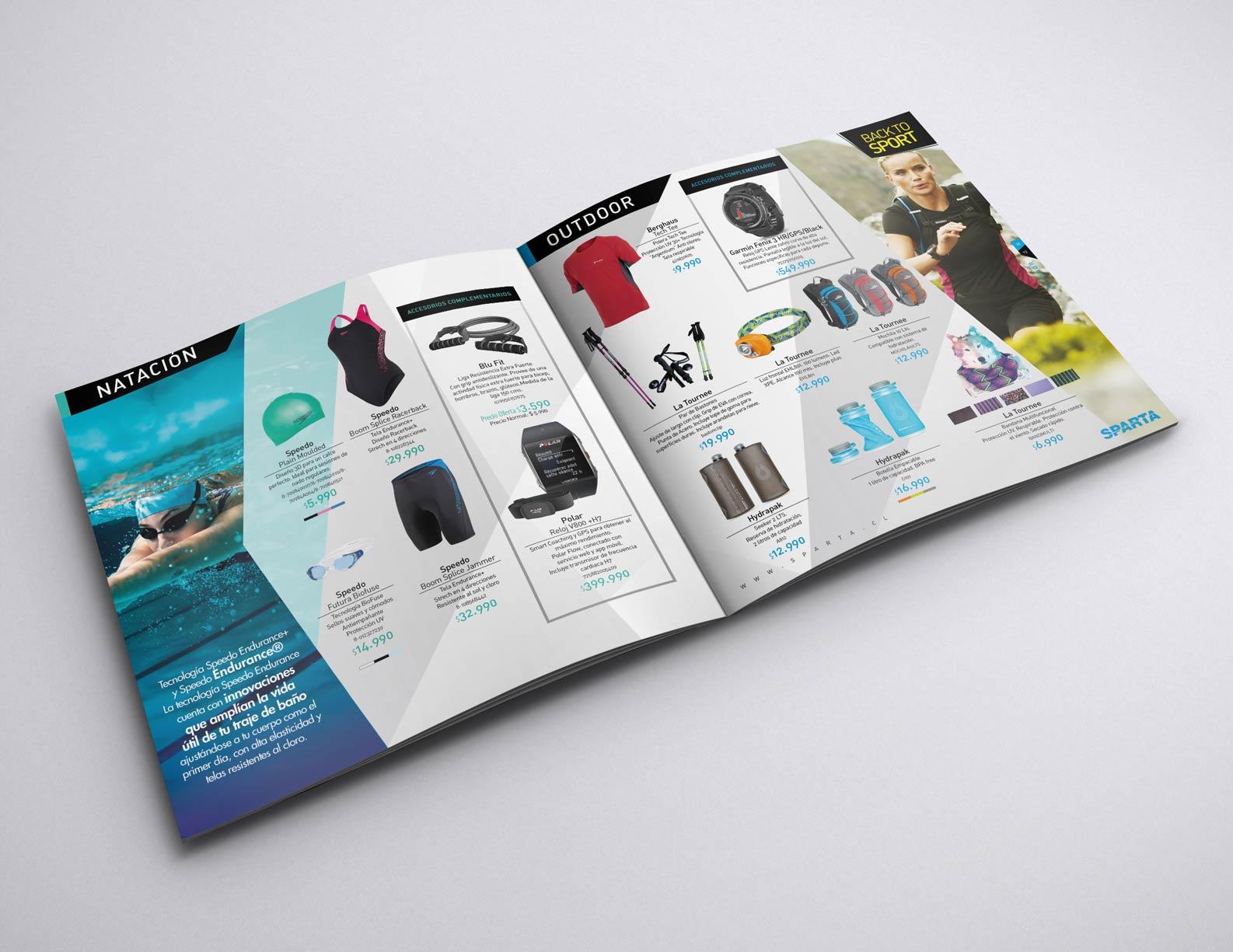 03-Mockup_Brochure_21x21_5