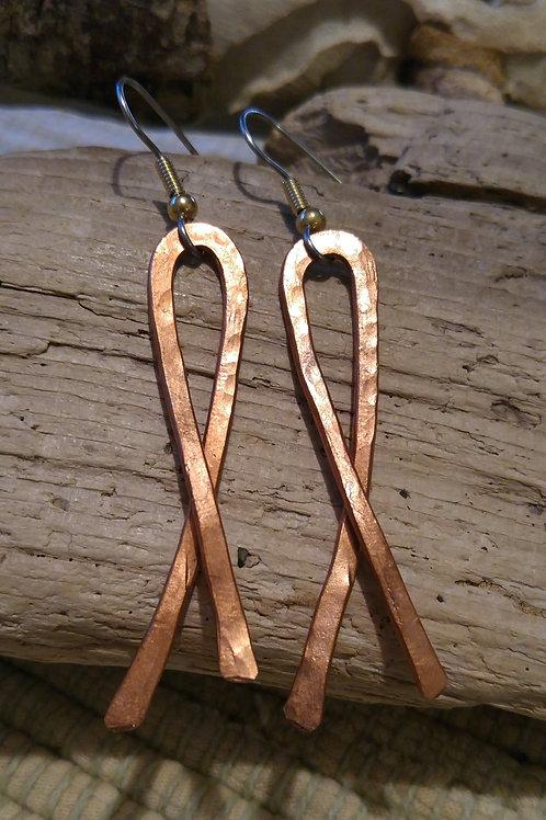Copper wire ribbon earrings