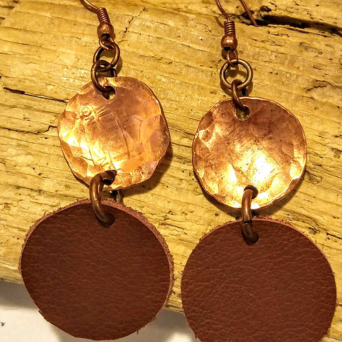 Mixed texture double circle earrings