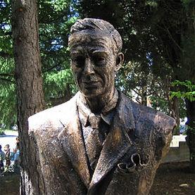 Busto in bronzo del Sindaco  Giuseppe Castagnetti