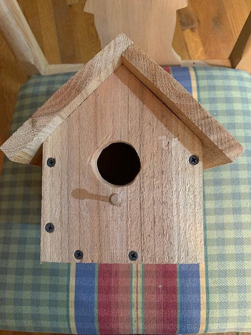 Plain birch birdhouse