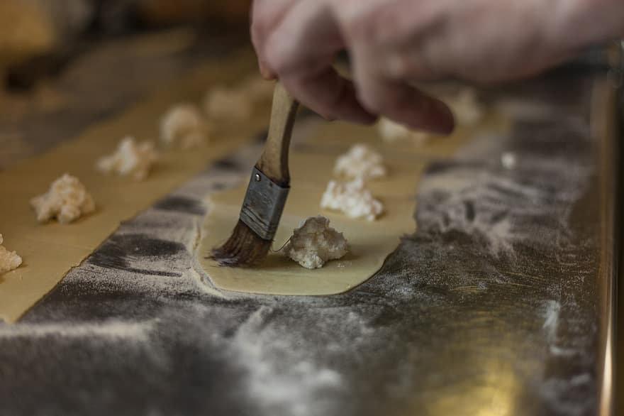 Taste of Italy: Handmade Ravioli