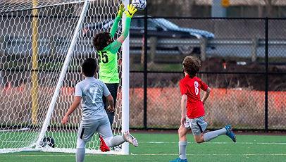 goalkeeper-jump.jpg