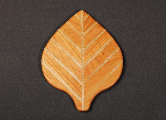 Aspen Leaf Cutting Board