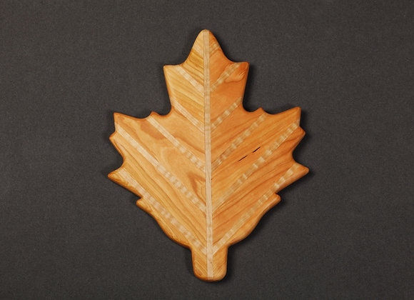 MapleLeaf Cutting Board