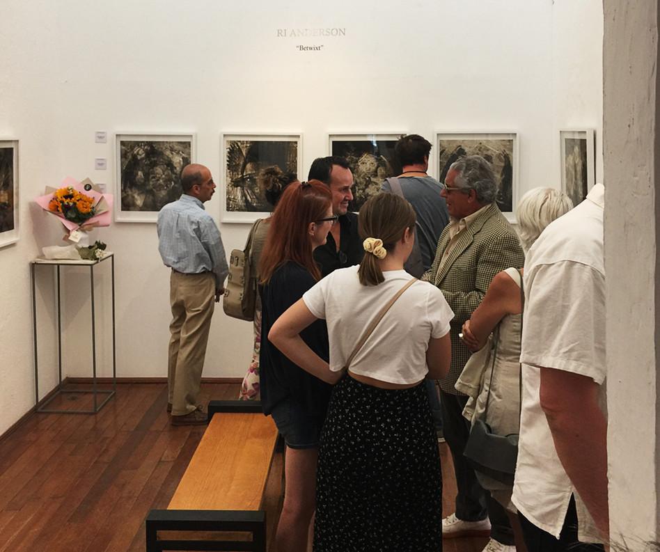 Opening Night, Galería Intersección