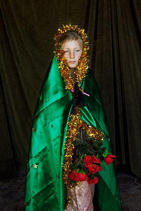 Lola como Virgin de Guadalupe/Lola as Virgin of Guadalupe