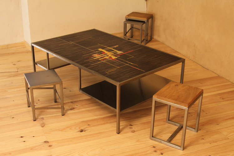 Table basse marquetée de paille