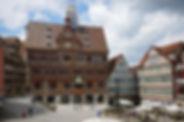 Rathaus_renovierte_Fassade.jpg