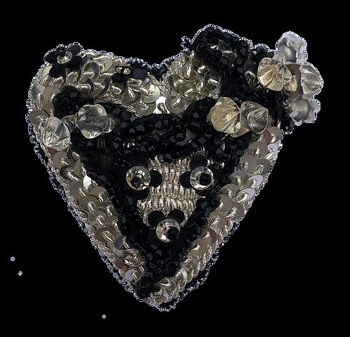 broche brodée coeur sequins argent
