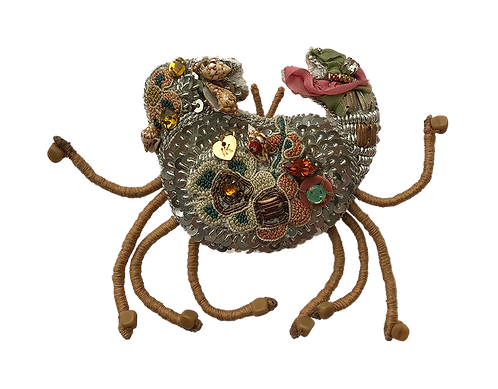 broche brodée crabe