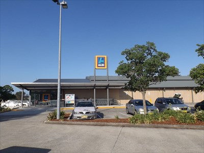 Aldi Bankstown Airport