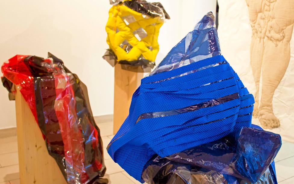 Sculpture installation at gallery Espaci