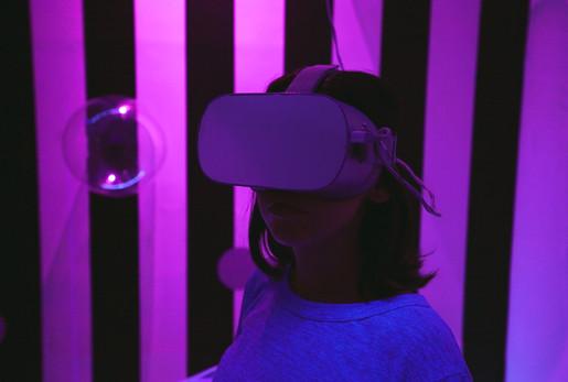 Ep 3. Virtual Reality installation