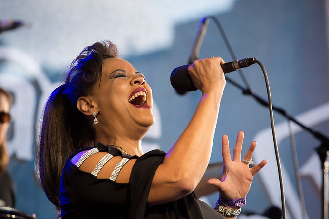 bluesfest soulful singing woman.jpg