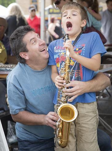 Kidzbeat saxophone.png