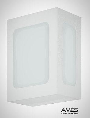 Arandela Retangular em Alumínio com Difusor em Vidro