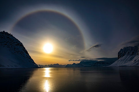 arctic svalbard sunset expedition cruise
