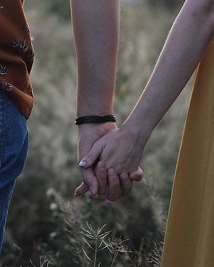 couple-4409623_960_720.jpg